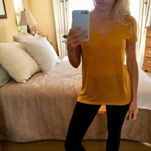 Mustard High Low V-Neck Woven Top Small S NWOT